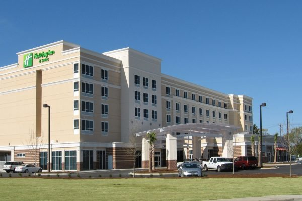 Holiday Inn & Suites West Columbia